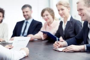currículum vitae y reclutamiento