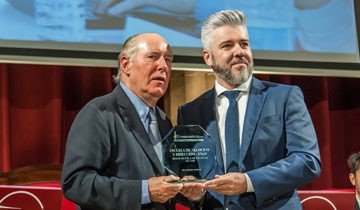 Francisco Santos recibe el Premio de ElEconomista a ENyD